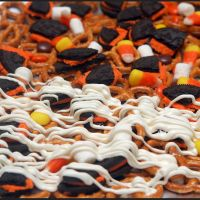 Recipe Submitted By: Hugs & Cookies xoxo Click on the link below for the Halloween Bark Sweet & Salty Recipe!  Halloween Bark Sweet & Salty