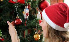 Elintarvikebrändin tutkimuksessa tunnistettiin neljä pysyvämpää joulunviettäjätyyppiä. Suomalainen perinnejoulu elää vahvana vuodesta toiseen, sillä tutkimuksen mukaan perinteinen joulu viehättää yhä valtaosaa suomalaisista, kun taas joka viides on avoin muutoksille. Saarioisten teettämän joulututkimuksen mukaan suomalaisten joulua kuvaa eniten Christmas Trees Story, Christmas And New Year, Christmas Lights, Christmas Ornaments, Christmas Decoration Items, Outdoor Christmas Decorations, Holiday Decor, Diy Home Decor On A Budget, Rooms Home Decor