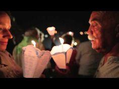 Procession mariale aux flambeaux  lourdes en video