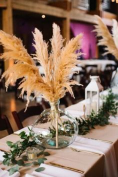 Luxe B Pampas Grass is lately the main on-line market for Pampas Grass.We stock a big number of Pampas varieties in herbal color, bleach white, purple and different spell binding colours. We're identified for high quality handpacked pampas this is delivered immediately on your door. Easiest for your own home decor, any match particularly boho wedding ceremony decor. Lately we send anyplace in the United States and Canada. @luxebpampasgrasswww.luxebpampasgrass.com#pampasgrass #driedpampasgrass #driedflowers #bohowedding