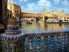 What to see in Seville: Plaza de España
