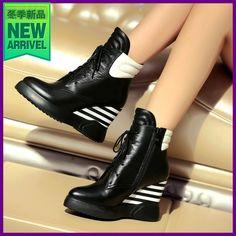 Женская обувь лодыжки высокие каблуки короткие платформы танкетке осень  обувь байкер черные туфли Большой размер DTN09 1 купить на AliExpress 4a198bfca15