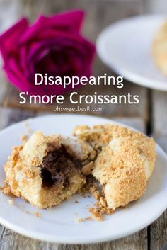 Disappearing Smore Crossiants from @Sweet Basil  guest post on chef-in-training.com ...These are perfection!