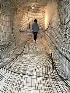 "Peter Kogler ""Next"", ING Art Center, Brussel. Installation art that engages the audience and uses line to create implied space Street Art, Instalation Art, Wow Art, Art Plastique, Optical Illusions, Optical Illusion Art, Oeuvre D'art, Trippy, Contemporary Art"