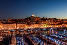La Résidence Du Vieux Port is set right on the banks of the Old Port in central Marseille. Old Port, New Museum, 4 Star Hotels, Geography, Paris Skyline, Dolores Park, Explore, Building, Travel