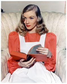 Veronica Lake !! Veronica Lake, née Constance Frances Marie Ockelman le 14 novembre 1922 à New York et morte le 7 juillet 1973 à Burlington, est une actrice américaine. Sa carrière a connu un pic surtout dans les années 1940. Wikipédia