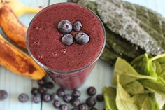 All Bluebs Smoothie | nutritionstripped.com. A delicious blueberry smoothie with hidden greens! This is such a perfect smoothie for kid or transitioning to the Stripped Green Smoothie #greensmoothie #vegan #raw #glutenfree #smoothie #breakfast