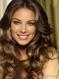 Most Beautiful Faces, Beautiful Women, Brunette Beauty, Hottest Models, Brunettes, Long Hair Styles, Sexy, Women, Brown Hair