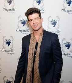 #Bagatelle Restaurant & Supper Club Kicks Off 2013 with Special Gala Hosted by Robin Thicke - 12/31/12