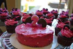 Minnie Mouse 2nd birthday cake & cup cakes