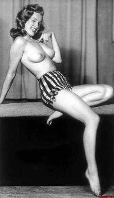 Marilyn Monroe Nude is a Dream Come True (37 PICS)
