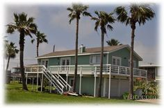 Beach House! Our vacation beach house in Sea Isle near Galveston. Ready for guests!