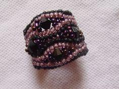 Bisuteria: ESQUEMA DE LA PULCERA SERPENTINE Beading Tutorials, Rings For Men, Brooch, Beads, Bracelets, Womens Fashion, Earrings, Jewelry, Bead Earrings