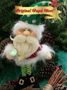 Papa noel Christmas Lights, Christmas Diy, Christmas Ornaments, Christmas Stuff, Advent, Sewing Dolls, Album, Diy Weihnachten, Soft Sculpture