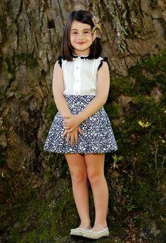 Blog moda infantil Cute Baby Dresses, Cute Little Girl Dresses, Little Girl Models, Dresses Kids Girl, Cute Girl Outfits, Kids Outfits Girls, Toddler Girl Outfits, Girls Skirt Patterns, Blog Moda