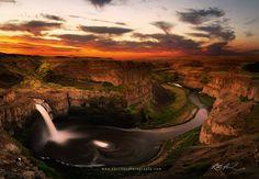 Palouse Falls Sunrise by Rick Parchen on 500px