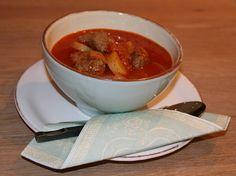Italiensk tomatsuppe med kjøttboller