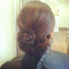 Bridal updo , wedding hairstyles , www.jenniekaybeauty.com , bridal bun