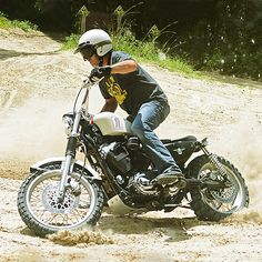 Yes, you CAN turn the Harley Sportster into a scrambler. Ace moto builder Greg Hageman shows how.