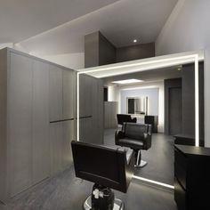 Nail Desk, Barber Games, Barber Shop Interior, Salon Lighting, Nail Station, Hair Shop, Interior Decorating, Interior Design, Studio Setup