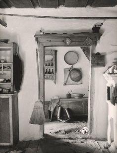 Martin Martinček - U Anny Žiačikovej Nasu, Georgia Okeefe, Old World, Folk Art, Character Design, Photography, Painting, Vintage, Eastern Europe