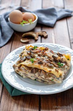 Cremose e semplicissime #lasagne ai #funghi con pancetta e besciamella #ricette #pastaalforno #pasta #primipiatti