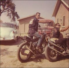 "losetheboyfriend: ""Hells Angels of San Bernardino, ""Berdoo"" "" Hells Angels, Biker Clubs, Motorcycle Clubs, Rockabilly, Old School Chopper, Midnight Rider, Vintage Biker, Biker Chick, Vintage Motorcycles"
