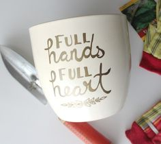 Full hands, full heart Mother's Day gift mug by Kori Clark. Make It Now with the Cricut Explore machine in Cricut Design Space.