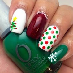 Festive nail art designs for the holidays nails Christmas Tree Nail Art, Holiday Nail Art, Winter Christmas, Dot Nail Art, Polka Dot Nails, Polka Dots, Fancy Nails, Pretty Nails, Nice Nails