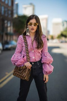 Puffy Sleeves and Gingham - Blank Itinerary