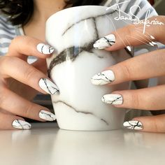 Jane Safarian nail art (@jsfrn_nailart) • matching white marble fake nails www.janesafarian.com/shop