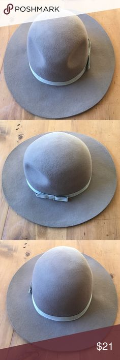 Brixton Apparel Co. Womens Hat Great condition women's hat 7 1/4 in size medium very cool Brixton Accessories Hats