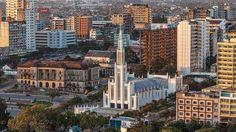 Cidade de Maputo com a Catedral em 1º. plano