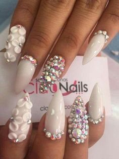 Diy fake nails new white nail art flowers coffin acrylic nails Rhinestone Nails, Bling Nails, 3d Nails, Acrylic Nails, Glam Nails, Gel Nail, Beauty Nails, Fabulous Nails, Gorgeous Nails