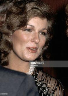 JESSICA SAVITCH 1947-1983   People in 2018   Pinterest ...