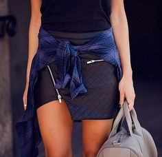 Fashion Cognoscente: The Girl Behind The Pose: Faux Leather Asymmetrical Envelope Skirt Dope Fashion, Fashion Killa, Skirt Fashion, Fashion Outfits, Womens Fashion, Street Fashion, Dope Style, My Unique Style, My Style