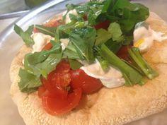 La nostra Pinsa Caprese!!!  #roma #viasistina #magnificoeat #ciboperpassione #food #love #italiafood #yummy