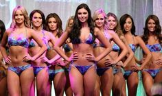 Miss Universe sets the perfect body size of women in the society by having skinny contestants for this competition. This then suggests viewers around the world to be like these contestants. Miss World 2013, Miss Universe 2013, Miss Usa, High Class, Body Size, Bikini Bodies, Perfect Body, Pageant, Female Models