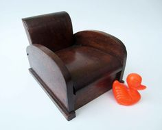 French vintage wood BOX CLUB CHAIR shaped by LeFrenchBazaar on Etsy