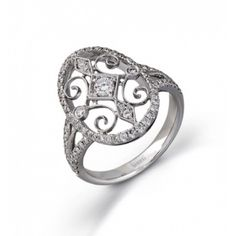 I LOVE Simon G!! He was my inspiration for the wedding ring I so hinted at Zach to get!