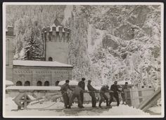 Soldiers evacuating looted art from Neuschwanstein Castle, 1945 / unidentified photographer. Thomas Carr Howe papers soldier, neuschwanstein castle