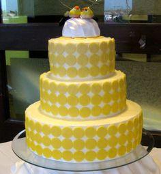 yellow polka dot cake