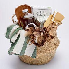 Full Harvest Deluxe Basket - Pre Order to ship Diy Gifts For Men, Diy For Men, Love Gifts, Birthday Present Diy, 21st Birthday Gifts, Christmas Gift Baskets, Christmas Gifts, Celebration Box, Boyfriend Gift Basket