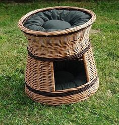 #Wicker #willow round 2 tier bunk baskets bed for pet cat kitten dog with #cushio,  View more on the LINK: http://www.zeppy.io/product/gb/2/251584538984/