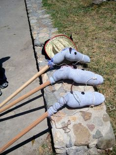 Craft for an Old West party - make hobby horses.