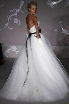 Blog da Nathi Tomaz: Peças Charmosas que alegram cada casamento!!!