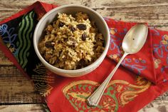 Receta de arroz al estilo marroquí. Receta con fotos del paso a paso y sugerencias de presentación. Trucos y consejos para su elaboración. Recetas de arroces