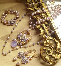 J+Wah+Jewelry+Set+FL.jpg (1000×1097)