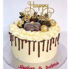 Drip Cake topper with Chocolate Berries & Ferreros😍 Topper from @thecupcakecobyjade . #cake #cakes #cakeguide #ferrerorocher… #dripcakesformen