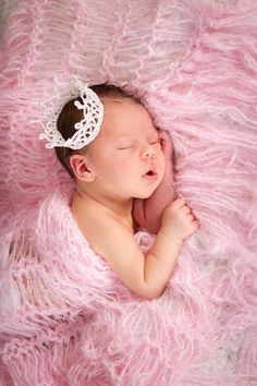#Photography:  Dreaming of pink cotton candy!  #Baby Newborn Photography Prop Belly 2 Baby wraps by BabyBirdz, $75.00